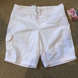 Kanu White Board Shirts NEW Size 2